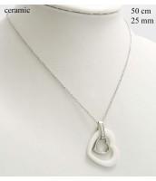 Náhrdelník z ocele s keremickým srdiečkom 237364B