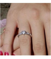 Strieborný prsteň R0651