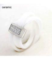 Keramický prsteň so zirkónmi 235746A