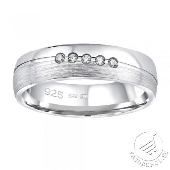 Strieborný prsteň PRESLEY v prevedení so zirkónmi pre ženy - QRZLP012W