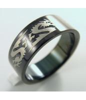 Čierny, oceľový prsteň so vzorom draka - 232261A